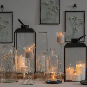 Gruppo di campane di vetro in allestimento, varie misure