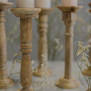 Candeliere in legno non trattato