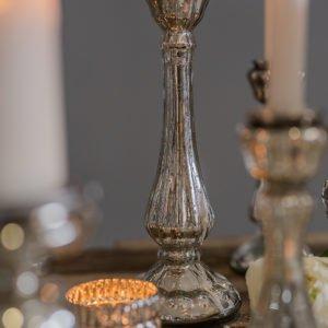 Candeliere in vetro mercurizzato con finitura argentata