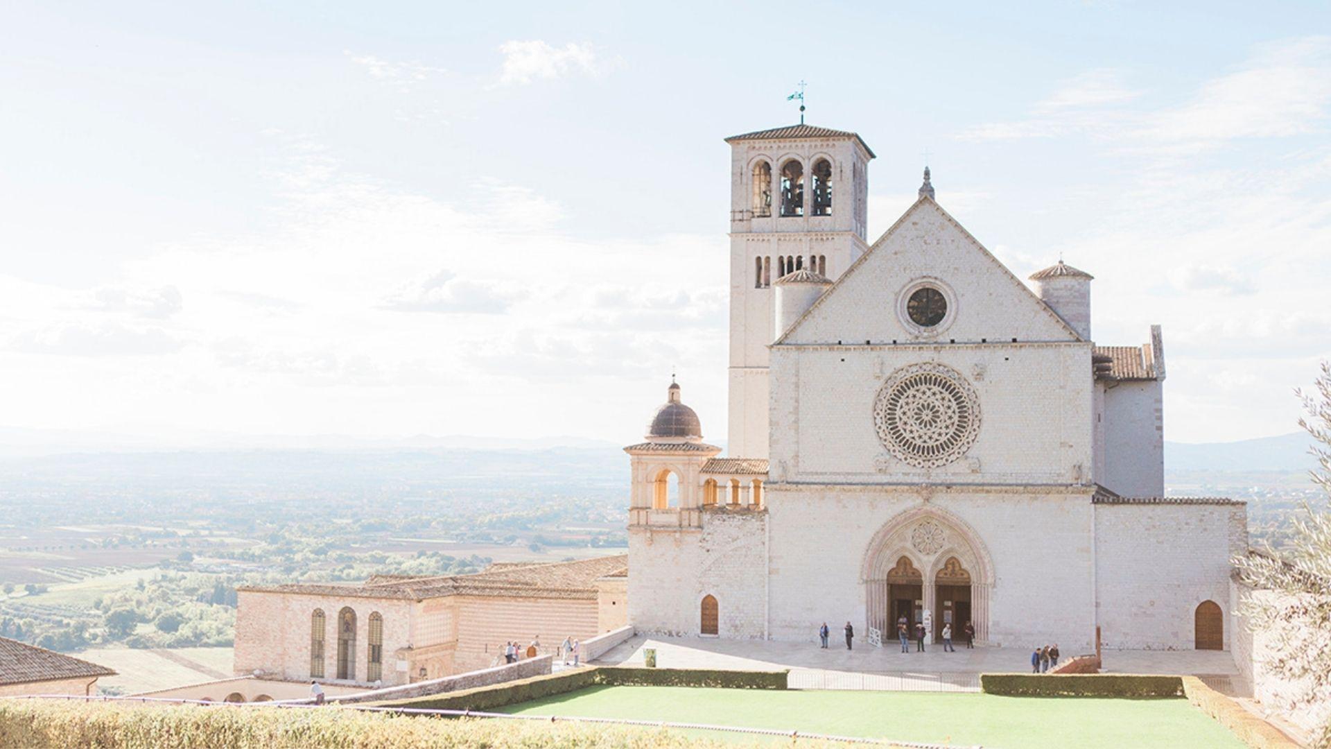 Velo da sposa mosso dal vento - Dream On Wedding Planner & Design in Umbria